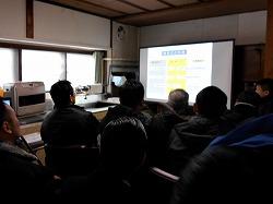 機動捜査隊 弘前方面隊が浪岡の訓練所を訪問し、災害救助犬と嘱託警察犬の訓練を見学しました。