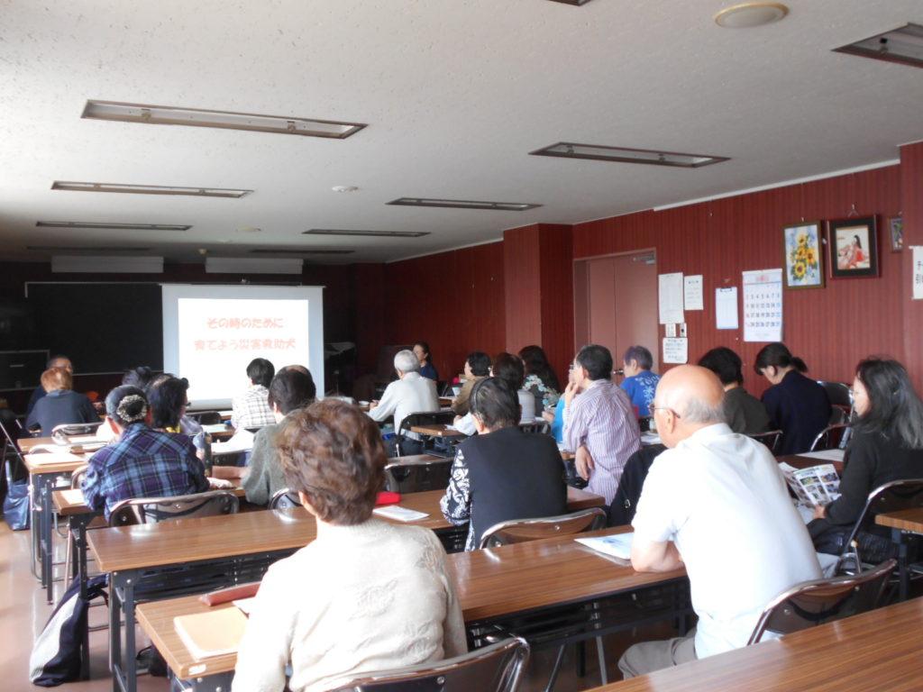 大野市民センターの寿大学・大学院で災害救助犬について講演しました(青森市)。