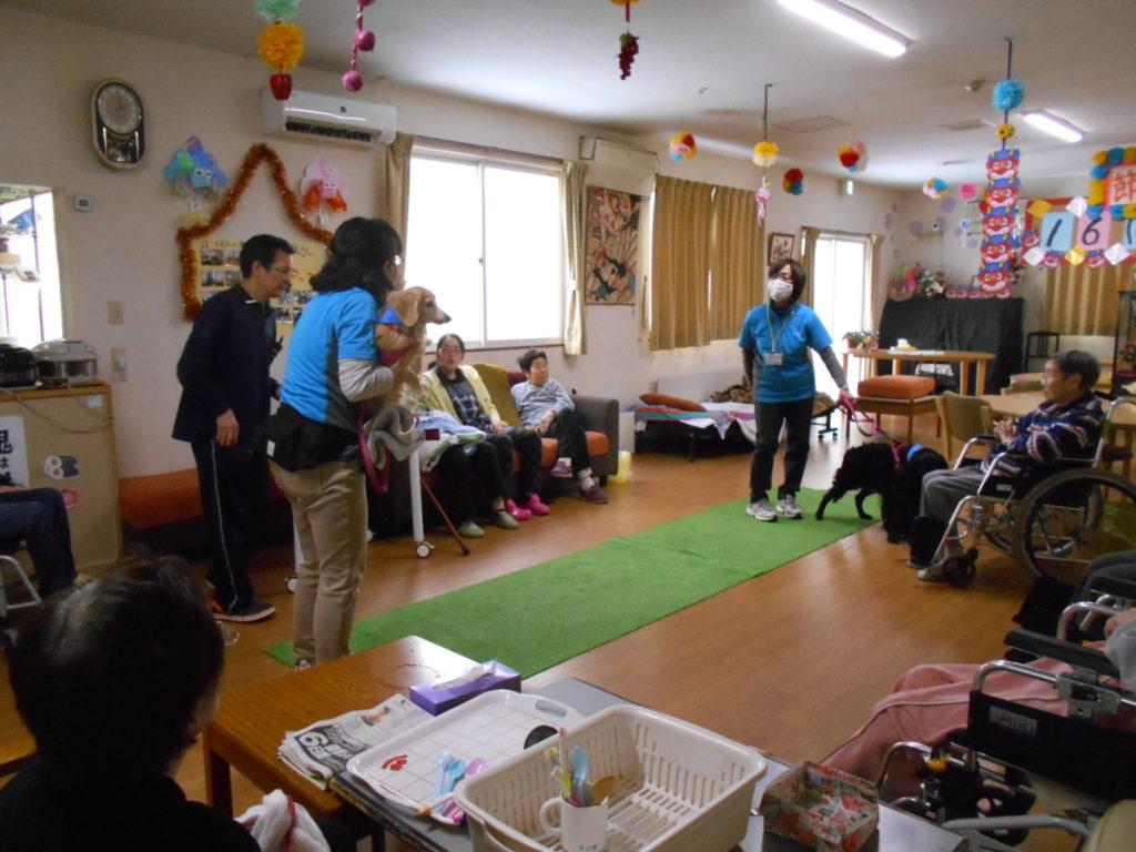 グループホーム「のじり苑」でセラピー活動を行いました(青森市)
