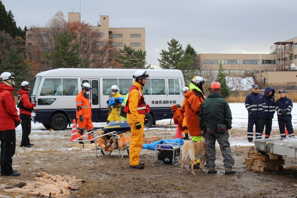 青森県消防学校での訓練に参加しました(青森市)。